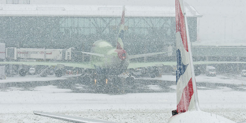 UK Weather Threatens International Flights In London.
